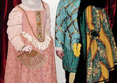1500 Elizabethan Couple